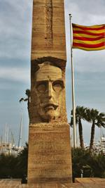Monument voor Macià in Vilanova. In deze naast Sitges gelegen plaats, is Macià geboren