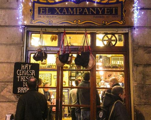 Tapasbar El Xampanyet; een van de oudste tapasbars van Barcelona