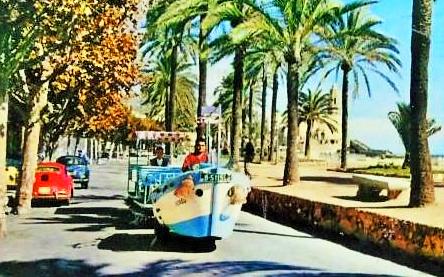 Het oude toeristische treintje 'La Barqueta'